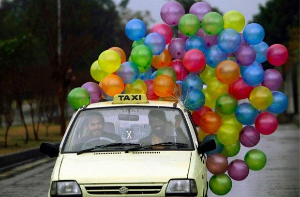 taxi ballons