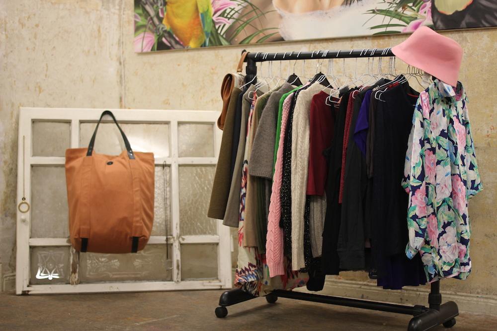 modevergn gen 82 leihen statt kaufen in der kleiderei mit vergn gen berlin. Black Bedroom Furniture Sets. Home Design Ideas