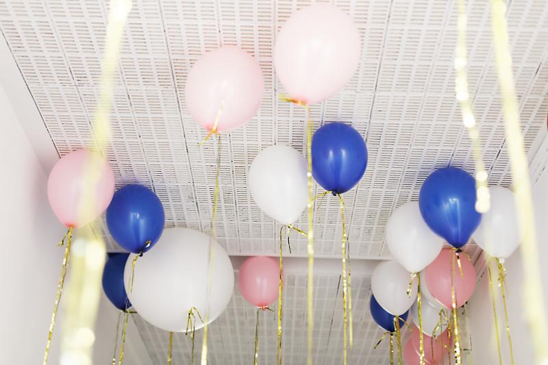 love-circus-bash_bunte_luftballons_im_loft_der_hochzeitsmesse_in_berlin1