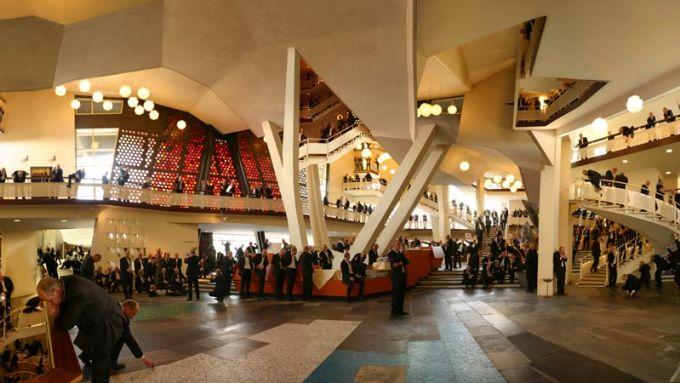 Philharmonie Foyer - (c) M. Liebscher
