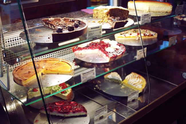 Sonntag 19 10 Kuchen Essen Im Kuchenladen Mit Vergnugen Berlin