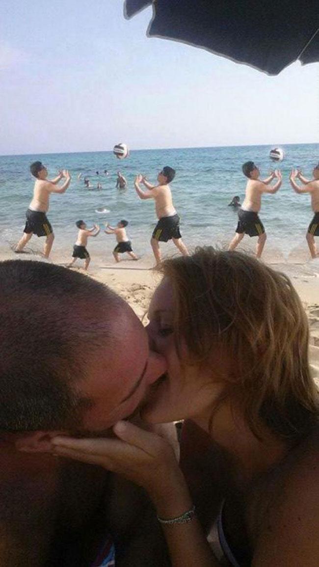 ce-coupe-demande-aux-internautes-de-retirer-le-garcon-sur-leur-photo-romantique-ils-nauraient-jamais-du-2
