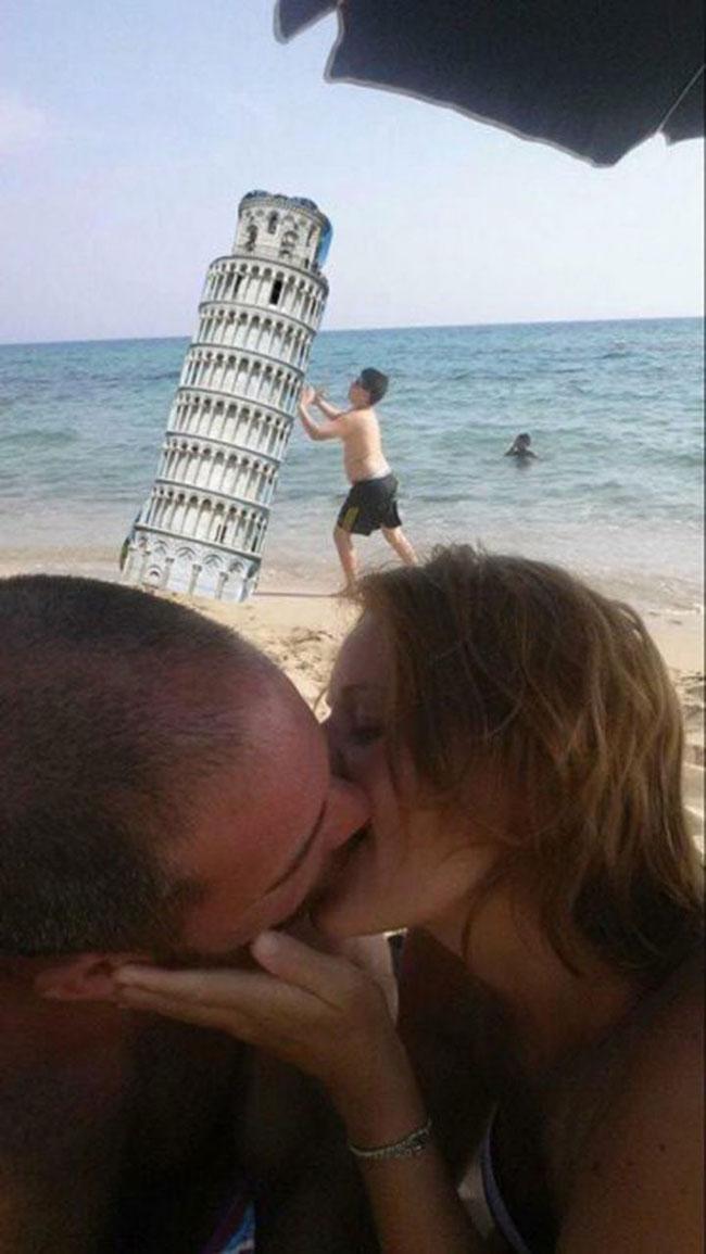 ce-coupe-demande-aux-internautes-de-retirer-le-garcon-sur-leur-photo-romantique-ils-nauraient-jamais-du-7