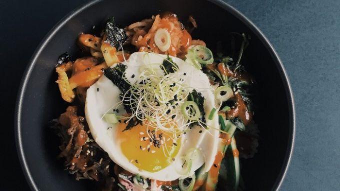 11 restaurants in denen ihr richtig gut koreanisch essen k nnt mit vergn gen berlin. Black Bedroom Furniture Sets. Home Design Ideas