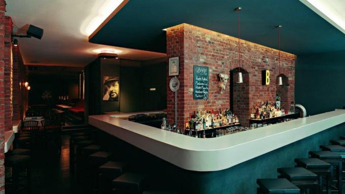 21 Berliner Bars In Denen Ihr Stilvoll Trinken Könnt Mit