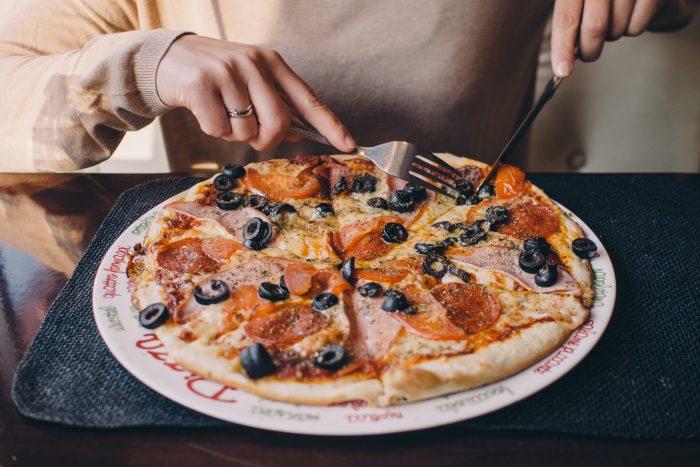 Bei LuisaKocht! bekommt ihr original neapolitanische Lebensmittel und frischen Pizzateig für Zuhause