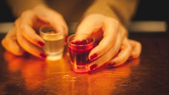 Milena Zwerenz 30 Verschiedene Vodkas Probieren In Der Vodkabar