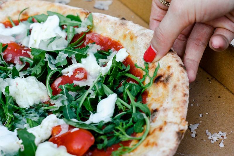 heute startet die true italian pizza week berlin mit vergn gen berlin. Black Bedroom Furniture Sets. Home Design Ideas