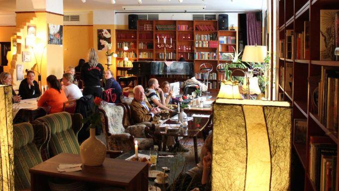 11 wunderbar normale Cafés in Berlin | Mit Vergnügen Berlin