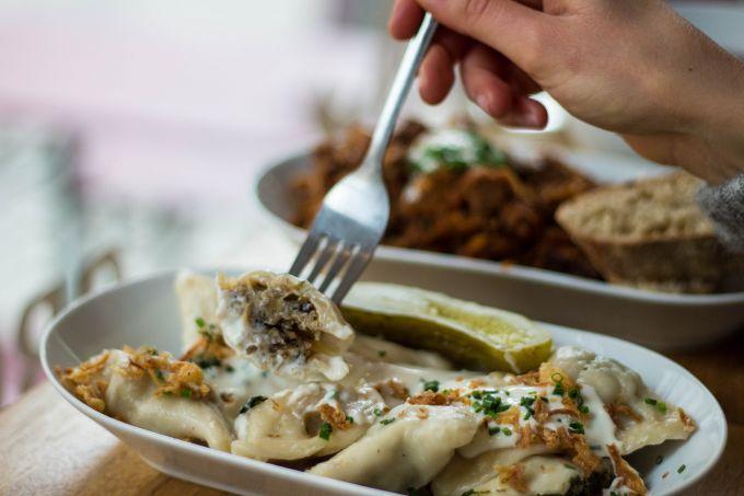 Polnische Kuche In Mitte Das Tak Tak Polish Deli Begrusst Den