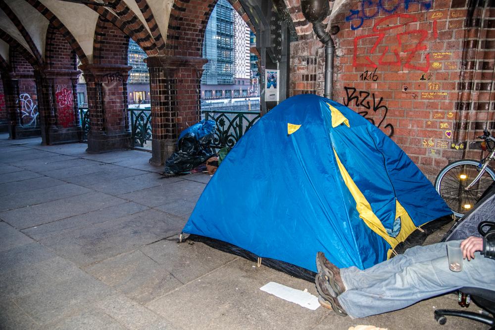 Diese Festivalhütten könnten Obdachlosen bald als Schlafstätten zur Verfügung stehen