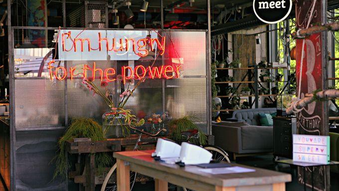 11 Cafés, Restaurants und Bars rund um den Berliner Zoo, die ihr kennen solltet