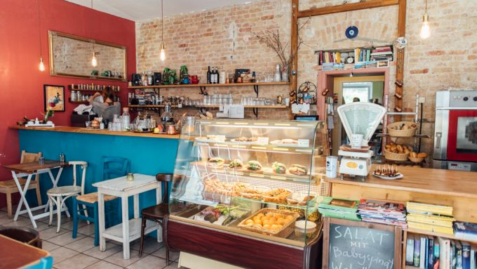 11 Wunderbar Normale Cafés In Berlin Mit Vergnügen Berlin