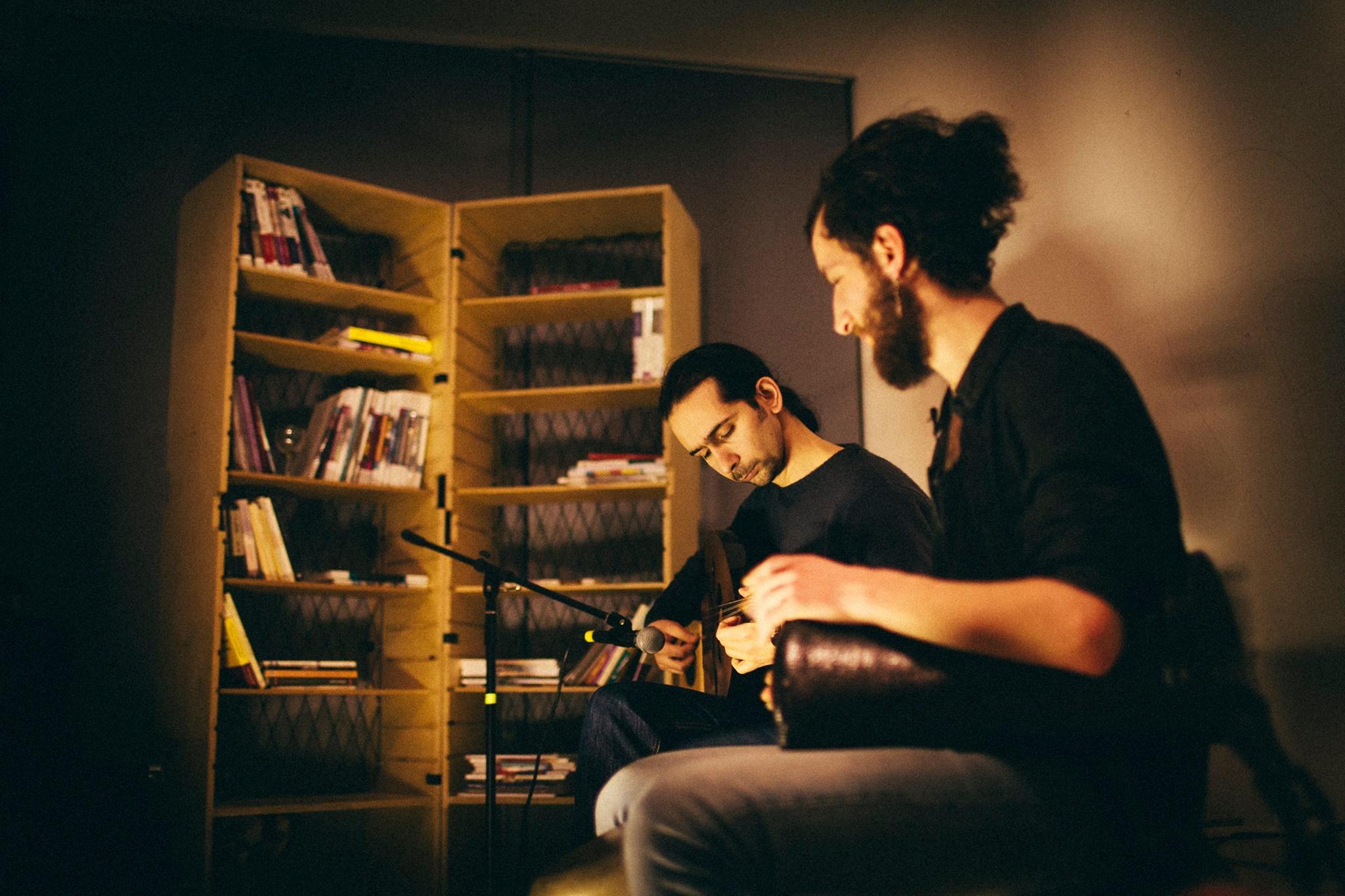 mit baynetna hat eine bibliothek f r arabische kultur er ffnet mit vergn gen berlin. Black Bedroom Furniture Sets. Home Design Ideas