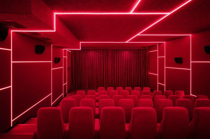 Adrian Schulz am zoologischen garten eröffnet ein neues kino mit vergnü berlin