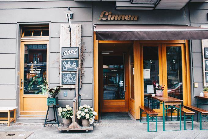 Frühstücken In Gemütlicher Atmosphäre Im Linnen In Prenzlauer Berg