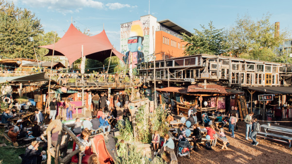 Alltägliches auf dem Holzmarkt Markt einkaufen | Mit Vergnügen Berlin