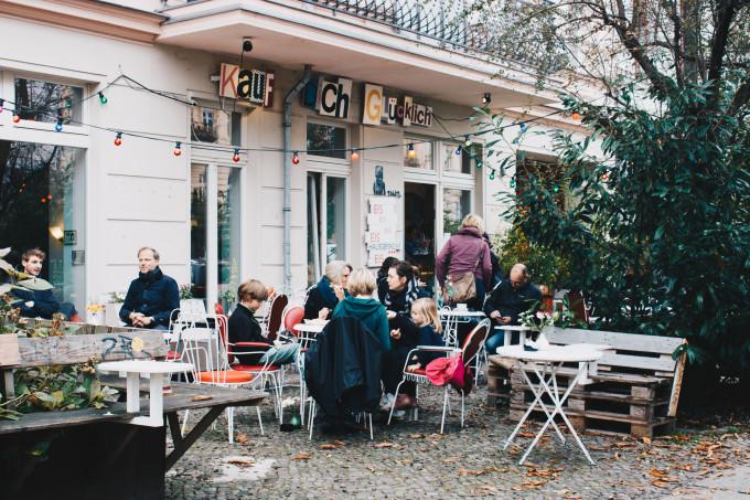 Waffeln Zum Frühstück Bei Kauf Dich Glücklich In Prenzlauer Berg