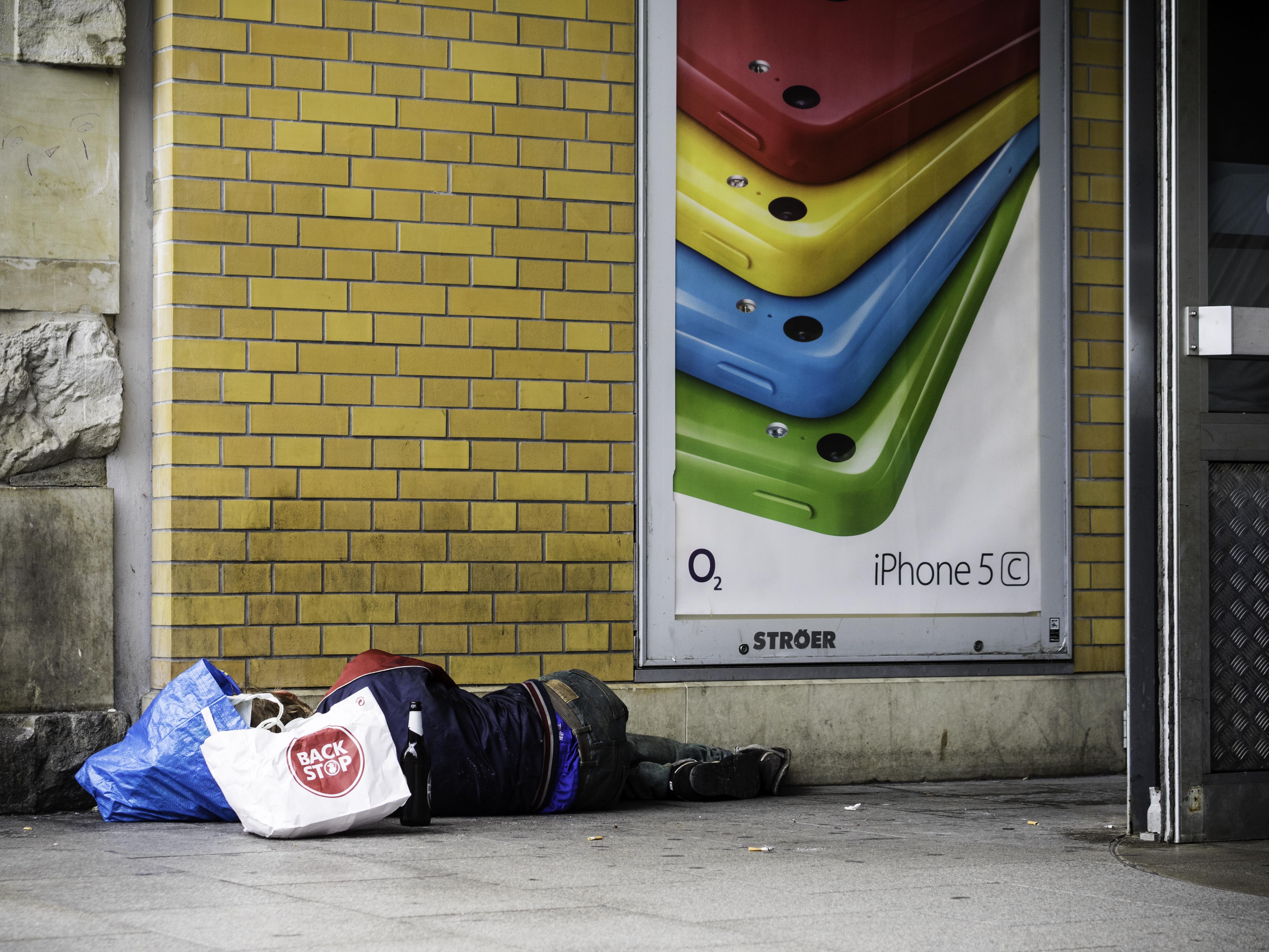 Vermieter Mit Herz Gesucht Zwei Obdachlose Suchen Ber