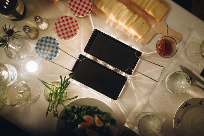 schweizer k sefondue und raclette im fondette in mitte mit vergn gen berlin. Black Bedroom Furniture Sets. Home Design Ideas