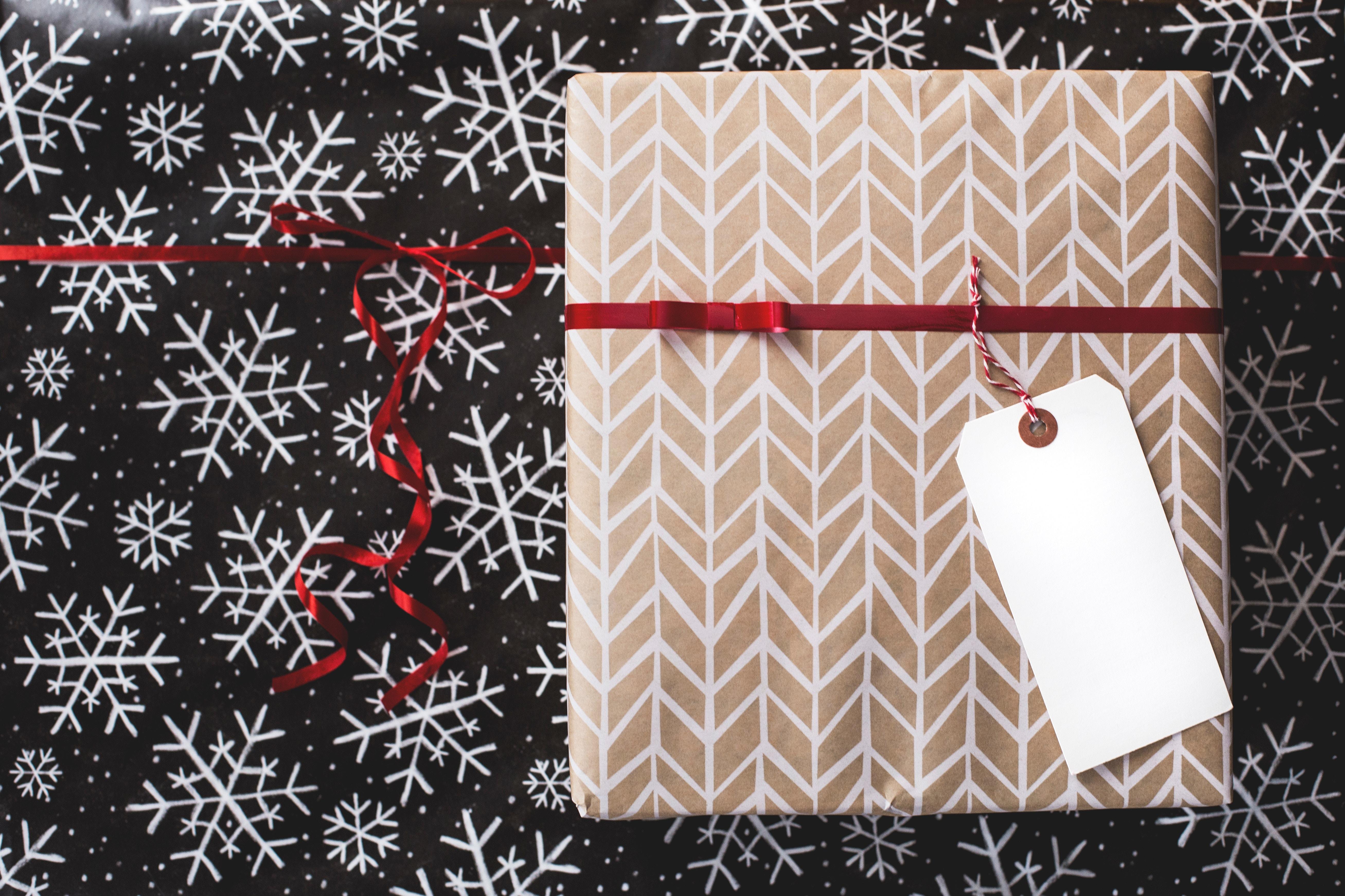 11 tolle weihnachtsgeschenke unter 50 euro mit vergn gen. Black Bedroom Furniture Sets. Home Design Ideas