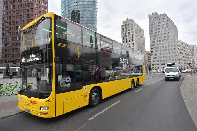 in berlin gibt es jetzt busse mit usb anschluss und wlan mit vergn gen berlin. Black Bedroom Furniture Sets. Home Design Ideas