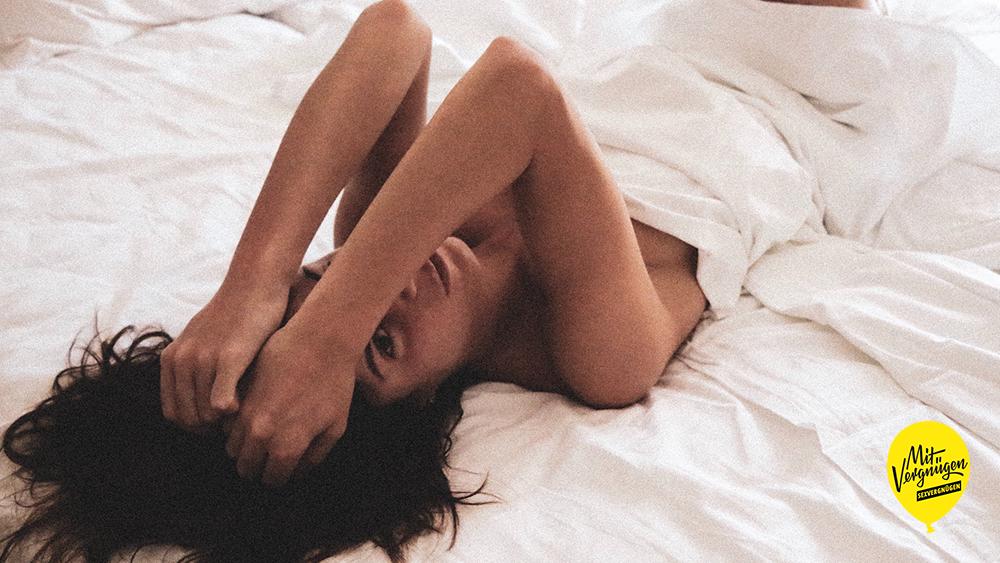 Frau im Bett, Tipps für einen intensiveren Orgasmus