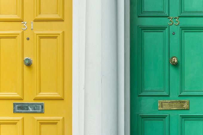 Nachbarn Nebenan Tür