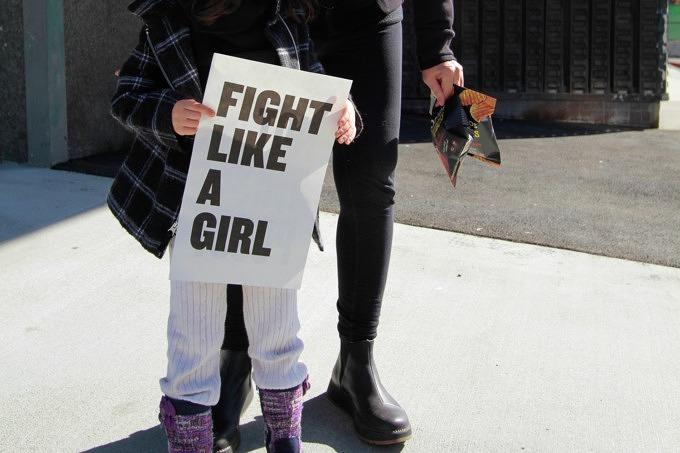 Gleichberechtigung statt Blumen Kampagne Feminismus Frauenrechte