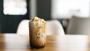 Iced Coffee mit Sahne