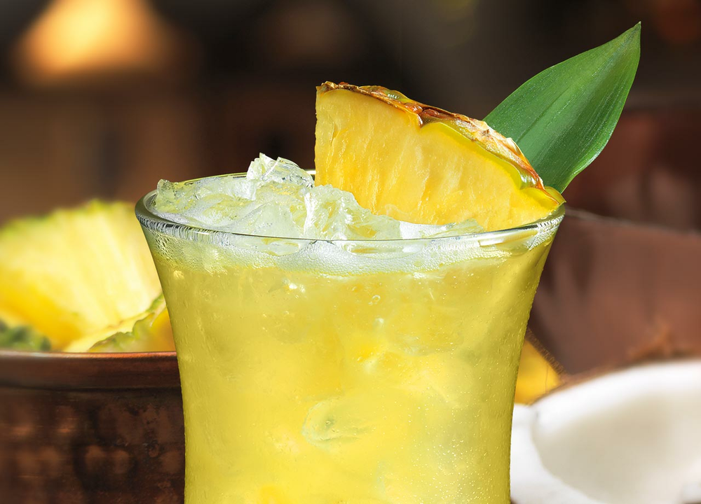 Der BACARDÍ Rum Month startet heute mit dem Piña Coloda Day