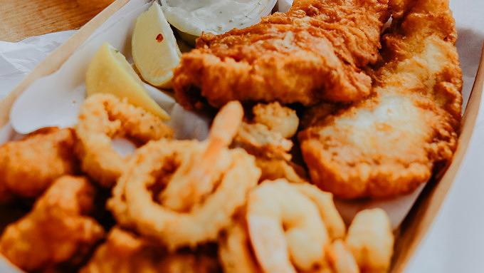 Richtig guter Fang: 11 Orte, an denen ihr leckere Fish & Chips bekommt
