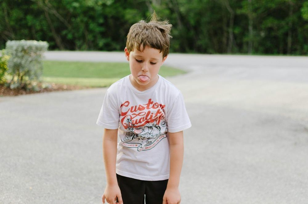 Zugehörigkeit – Was kann ich tun, wenn mein Kind durch sein Verhalten in Gruppen auffällt?