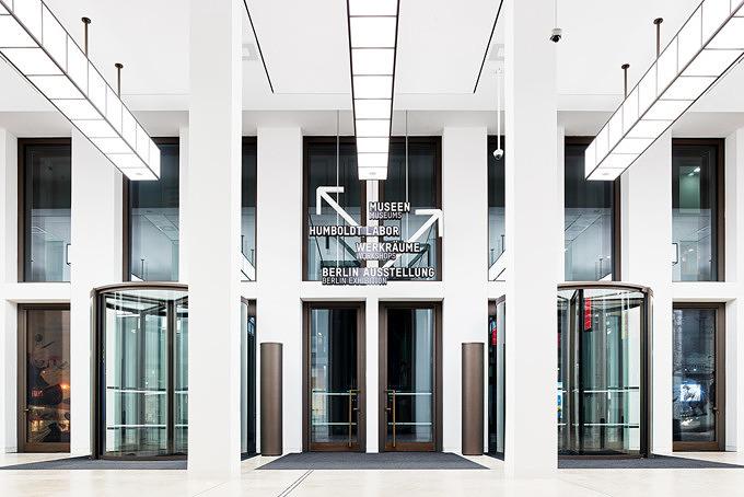 Treppenhalle des Humboldt Forums